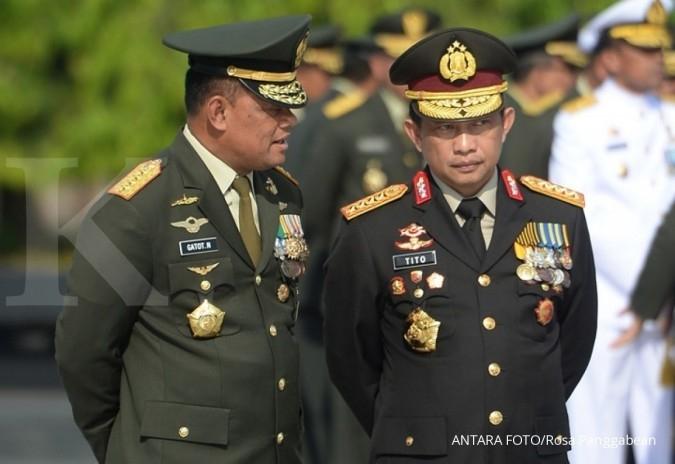 Jokowi beri penghargaan kepala polisi tiga negara