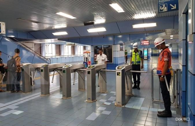 Mengheningkan cipta serentak di Stasiun dan KRL