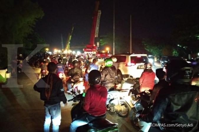 Proyek Jembatan Jatiwaringin, akses jalan ditutup