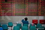 Emerging assets tumble as trade war fears balloon