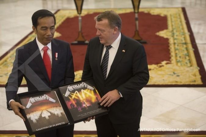 Jokowi laporkan piringan hitam Metallica ke KPK