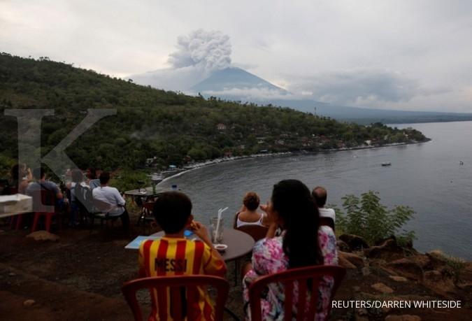 Erupsi Gunung Agung bikin turis turun 4,54%