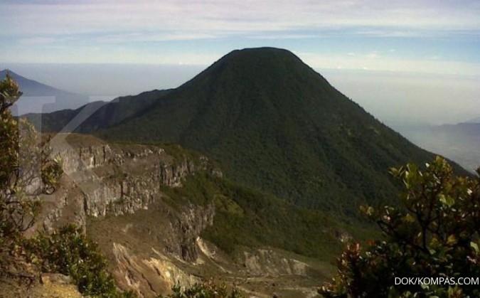 Pendakian Gede Pangrango Kembali Dibuka