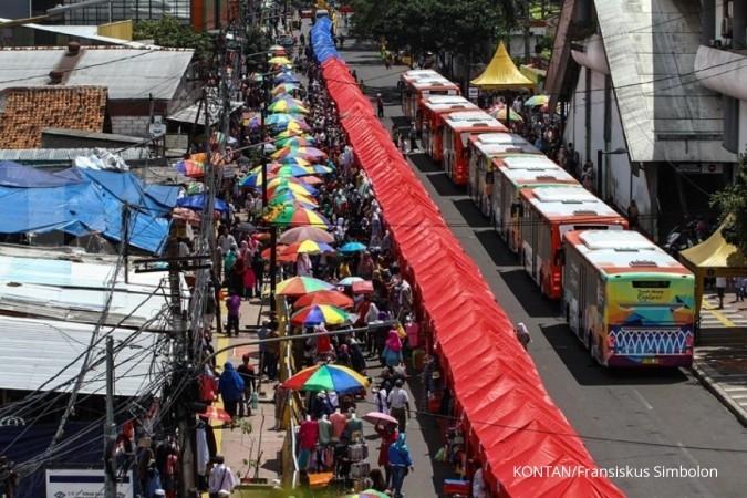 Menhub kritik keras kebijakan PKL di jalan