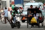Jakarta starts gathering data on becak drivers