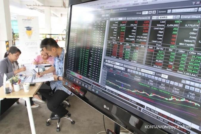 ILUSTRASI. Jaring Investor di Booth Mandiri