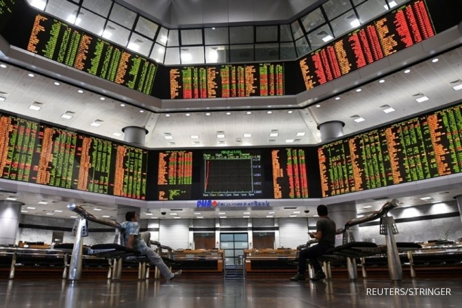 SE Asia Stocks-Most fall ahead of U.S. tariff deadline; Indonesia at over 1-yr low