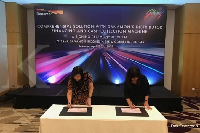BDMN Danamon kerja sama dengan Godrej Indonesia sediakan mesin setor tunai