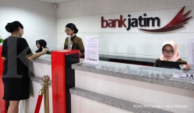 Direktur keuangan Bank Jatim beli saham BJTM Rp 143,1 juta