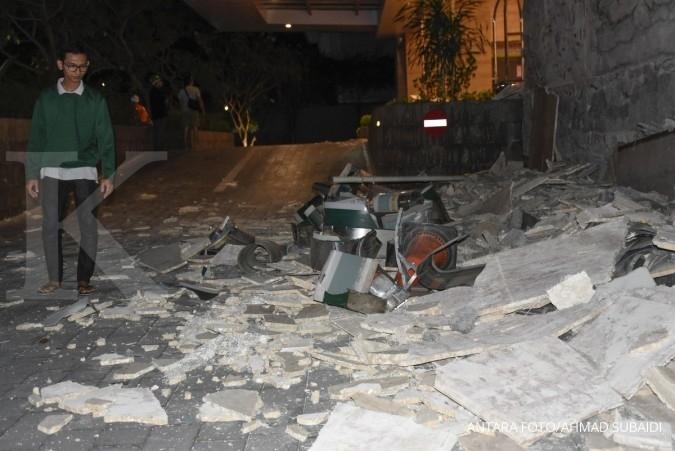 Efek gempa yang berbeda antara hotel di Lombok dan Bali