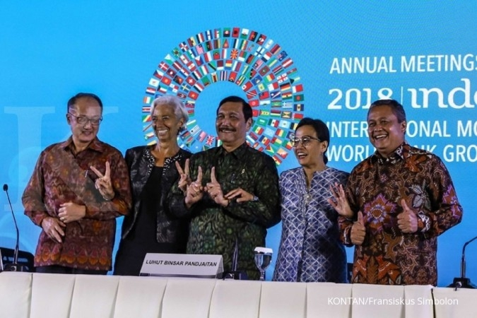 Hand gesture at IMF gathering deemed as campaign violation