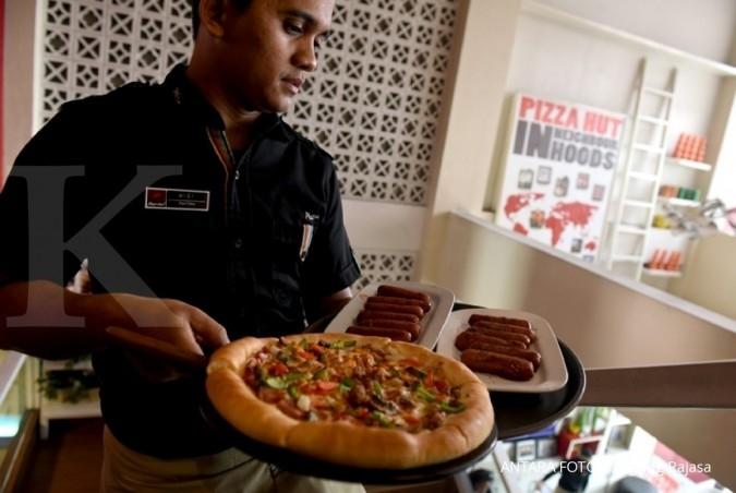 Waralaba Pizza Hut AS bangkrut, saham Sarimelati K