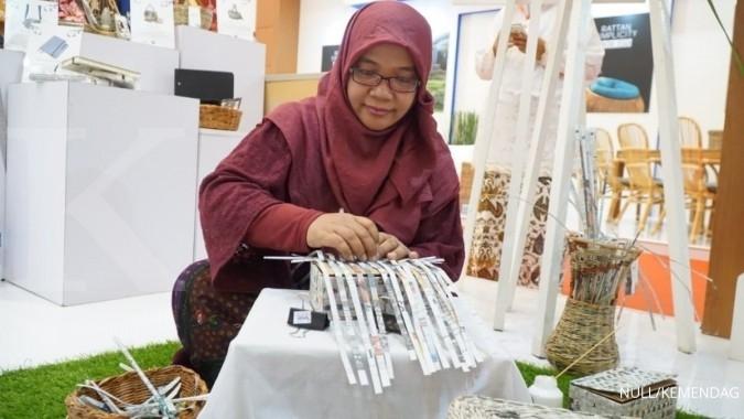 Bikin Produk Handicraft Dari Kertas Bekas Tembus Pasar Global