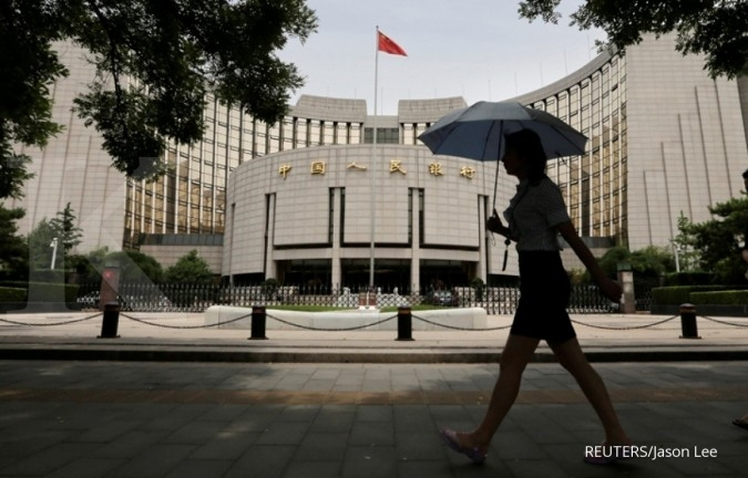PBOC says yuan level appropriate, trade tensions risk to global economy