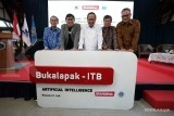 Gandeng ITB, Bukalapak luncurkan AI & Cloud Computing Innovation Center