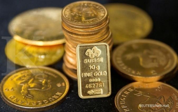 Hingga tengah siang, harga emas spot berada di US$ 1.811 per ons troi
