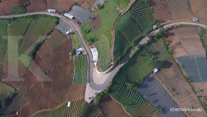 Lembah Panyaweuyan, Kabupaten Majalengka, Jawa Barat.