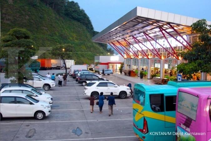 Rest area jalan tol Trans Jawa KM 429 di Ungaran saat liputan Jelajah Ekonomi KONTAN Tol Trans Jawa