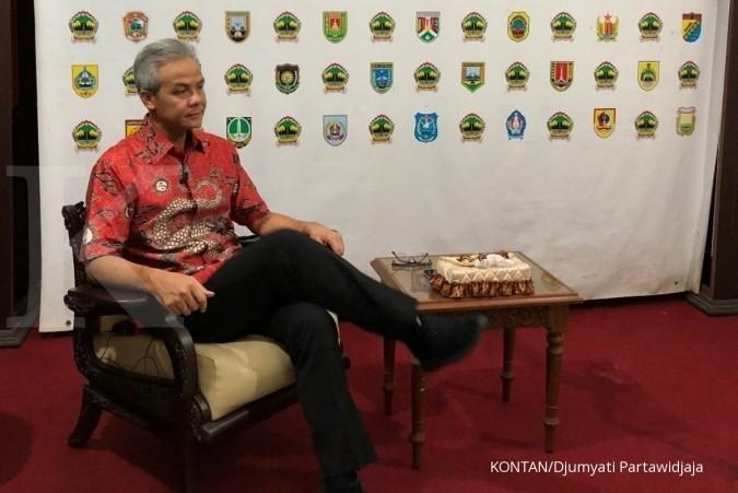 Gubernur Jawa Tengah Ganjar Pranowo di rumah dinasnya di Semarang. Jelajah Ekonomi Kontan tol trans jawa