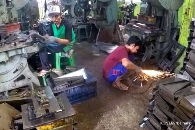Sentra Industri Logam di Desa Ngingas, Waru, Sidoarjo saat liputan Jelajah Ekonomi KONTAN Tol Trans Jawa