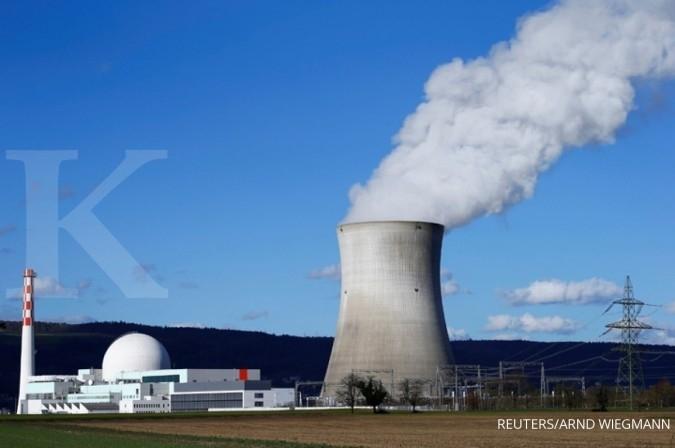 Karpet merah pengembangan pembangkit nuklir dalam RUU EBT