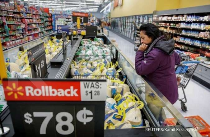 Americans rush to stock up on essentials, retailers scramble to keep up