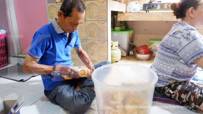 Kampung Kembang Goyang Tempat Produksi Camilan Tradisional