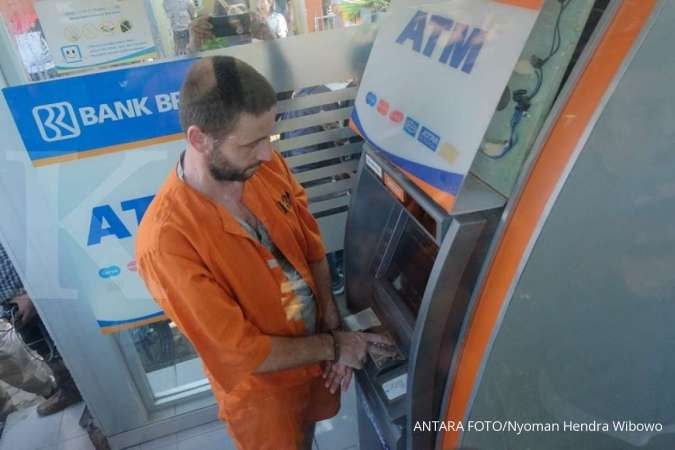Four Bulgarians arrested for card skimming in Bali