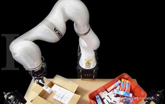 Gudang logistik semrawut, robot cerdas bisa mengemas paket dengan cermat