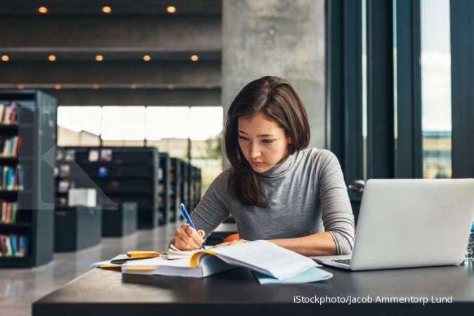Simak 4 hal yang bisa dilakukan agar bekerja di akhir pekan terasa lebih ringan