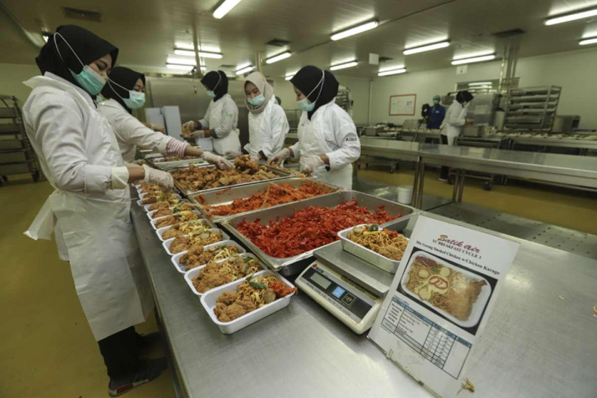 Makanan untuk penumpang pesawat grup Lion Air