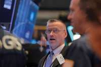 Wall Street menguat ditopang optimisme kesepakatan dagang AS-China