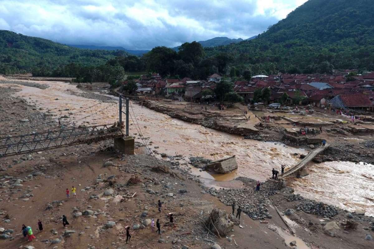 Bencana banjir dan longsor Banten