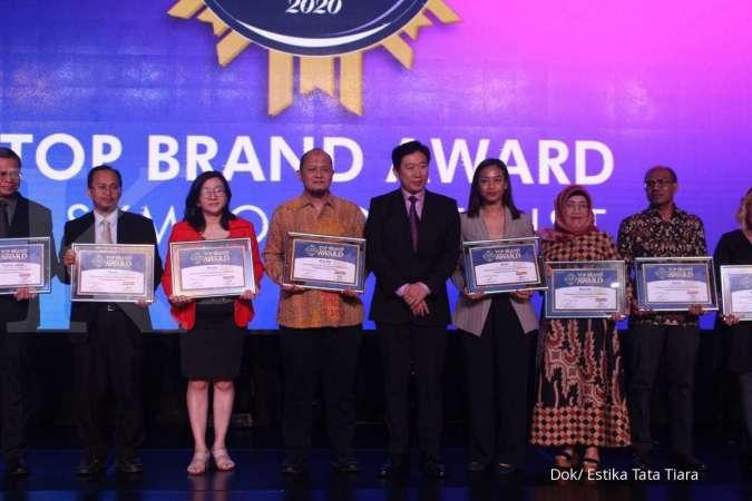 Estika Tata Tiara (BEEF) raih penghargaan Top Brand Award 2020