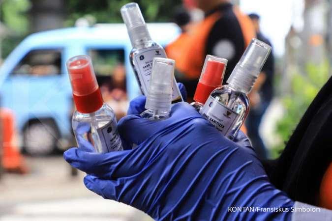 Membawa hand sanitizer sudah menjadi kebiasaan di tengah pandemi corona