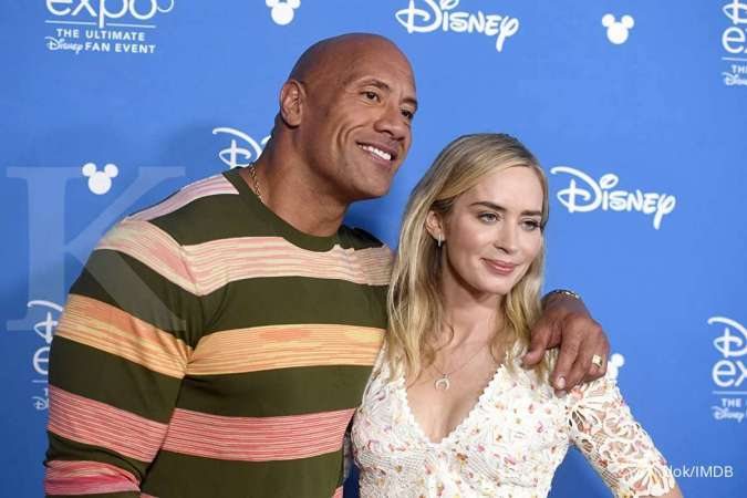 Dwayne Johnson dan Emily Blunt bakal bintangi film superhero Ball and Chain