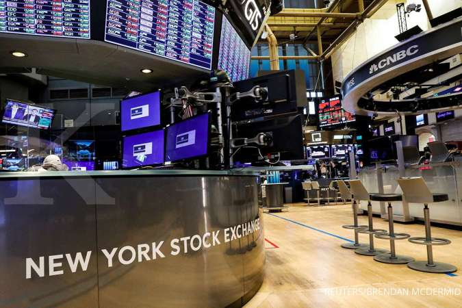 Wall Street: Dow Jones Menguat, Nasdaq Tergelincir