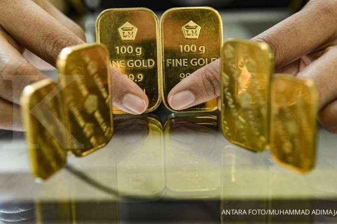 Harga emas Antam turun Rp 9.000 jadi Rp 922.000 per gram pada hari ini,  Jumat (30/4)