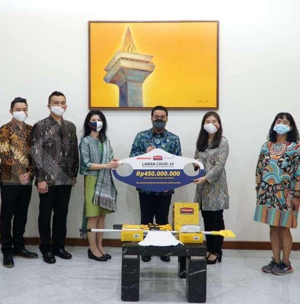 Klasse dan Bhinneka donasikan perlengkapan kebersihan ke sejumlah rumah sakit di DKI