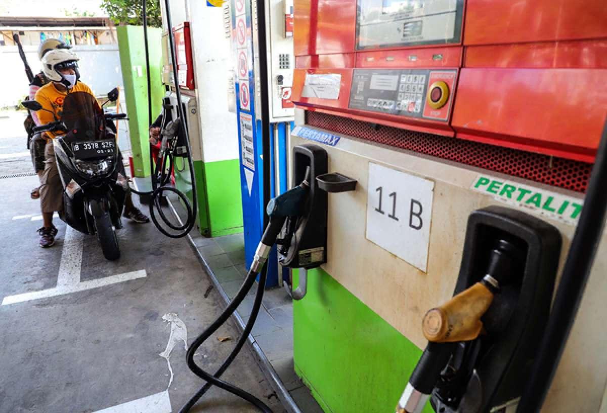 Pengurangan bensin Premium dan Pertalite