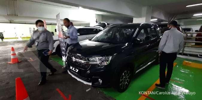 Penjualan mobil baru di salah satu pameran di Jakarta, Kamis (16/7)./pho KONTAN/Carolus Agus Waluyo/16/07/2020.