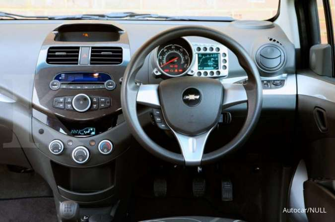 Harga mobil bekas Chevrolet Spark (Interior)