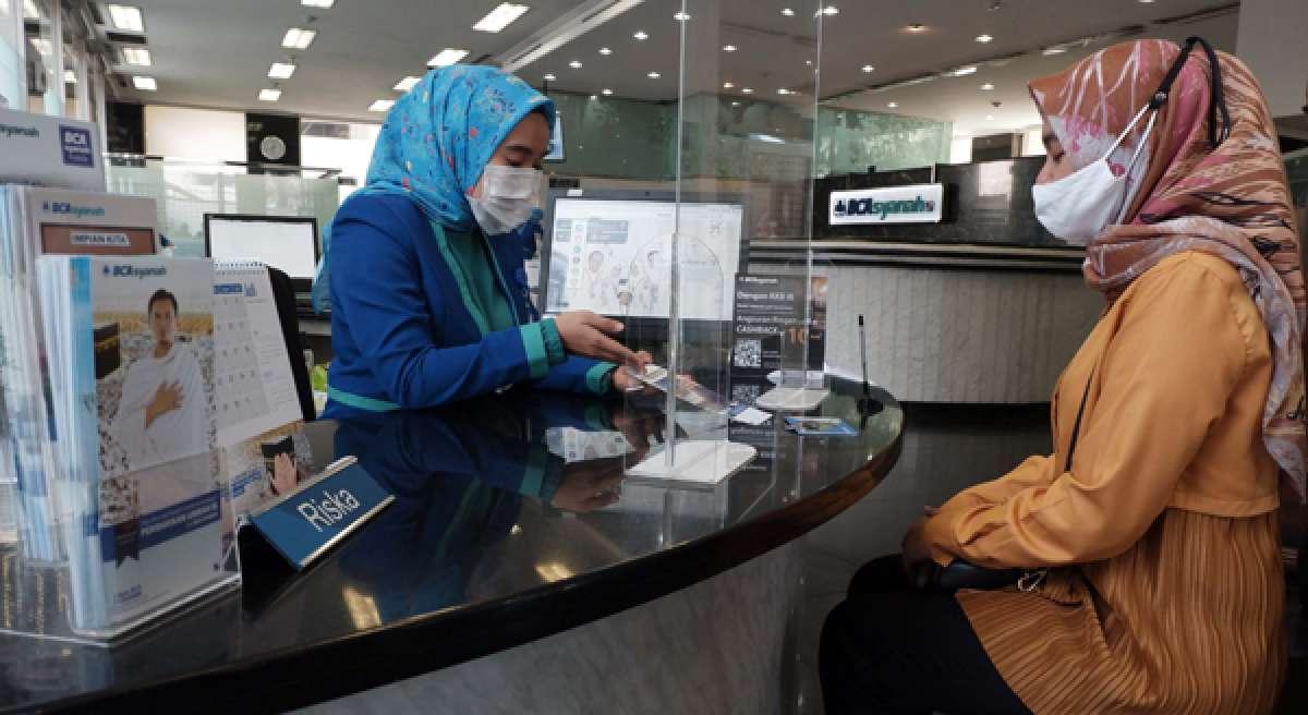 Perolehan laba BCA Syariah capai Rp 28 miliar