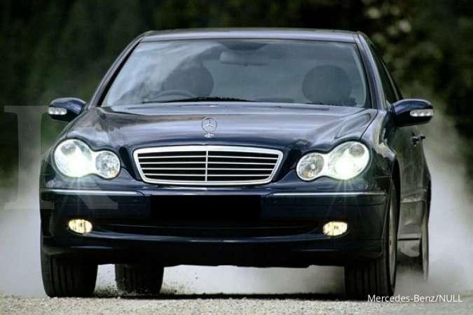 Harga mobil bekas Mercedes-Benz C-Class