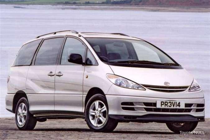 Harga mobil bekas Toyota Previa 2001 per September 2020