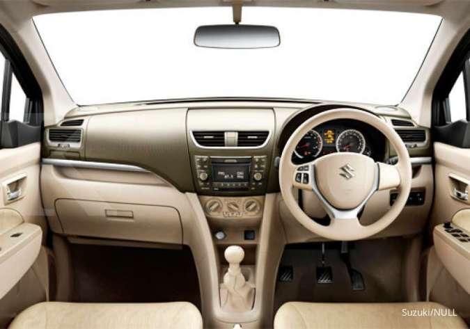 Harga mobil bekas Suzuki Ertiga (Interior Suzuki Ertiga GX)
