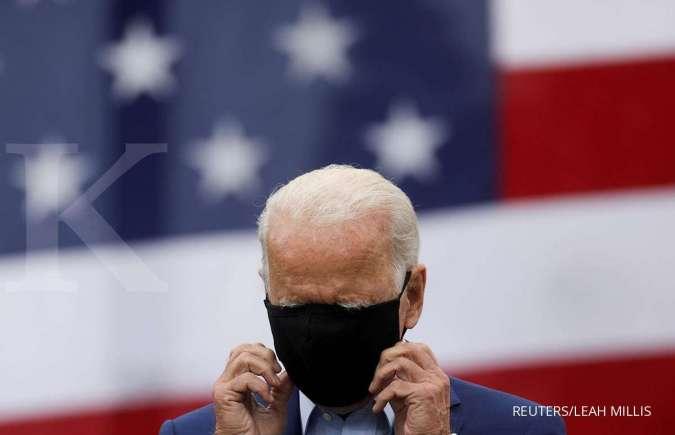 Trump janjikan vaksin tersedia November, Joe Biden