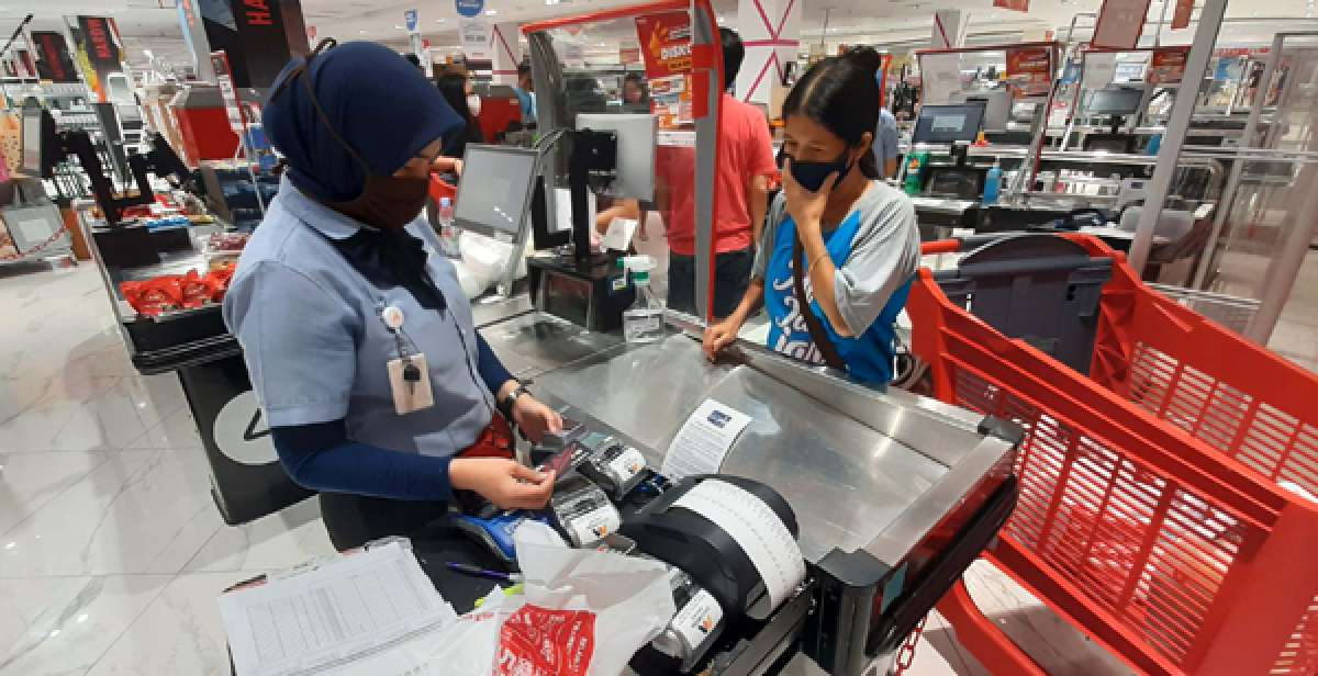 PSBB Jakarta, transaksi kartu kredit bakal merosot lagi