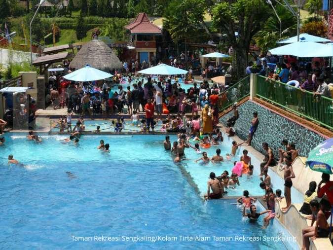Kolam Tirta Alam Taman Rekreasi Sengkaling