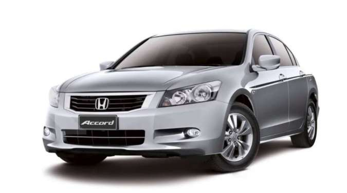 Sedan mewah Honda Accord sudah murah, harga mobil bekasnya kini mulai Rp 110 juta